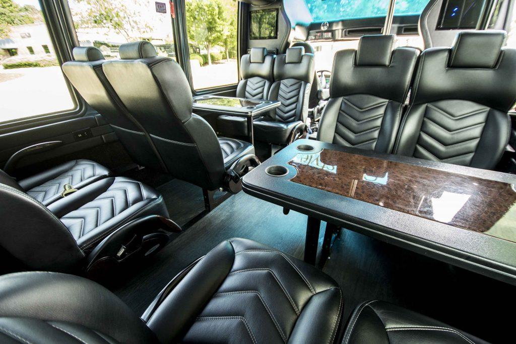 Freightliner Mini Bus Premium